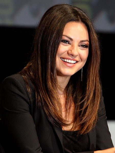 20120712 Mila Kunis @ Comic con cropped